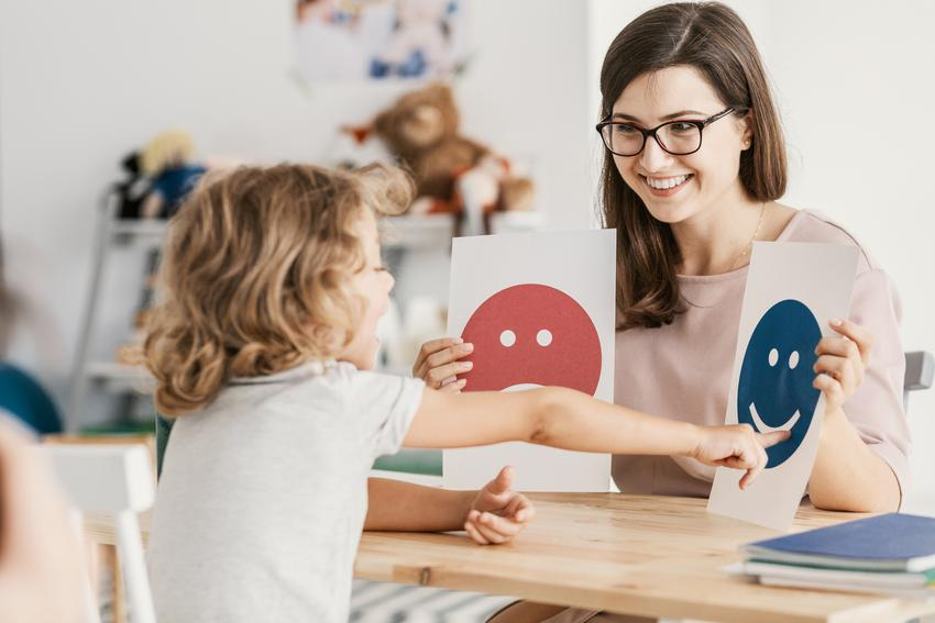 Średni koszt wizyty u psychologa dziecięcego. Czas trwania wizyty do 50 minut, uznany psycholog z doświadczeniem.