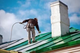 Cennik malowania dachu z blachy ocynkowanej 2021 w ponad 150 miastach w Polsce