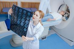 Cena rezonansu magnetycznego jamy brzusznej w ponad 160 miastach w Polsce