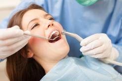 Cena odbudowy zęba na włóknie szklanym w ponad 160 miastach w Polsce