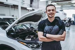 Cena wymiany przegubu wewnętrznego w samochodzie w ponad 160 miastach w Polsce