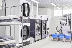 Cena prania kożuchów w pralniach chemicznych w ponad 160 miastach w Polsce