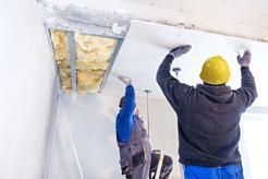 Cennik montażu sufitu podwieszanego na poddaszu 2021 w ponad 150 miastach w Polsce