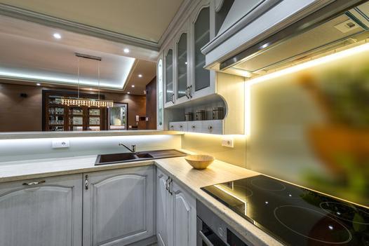 oświetlenie podszafkowe kuchenne