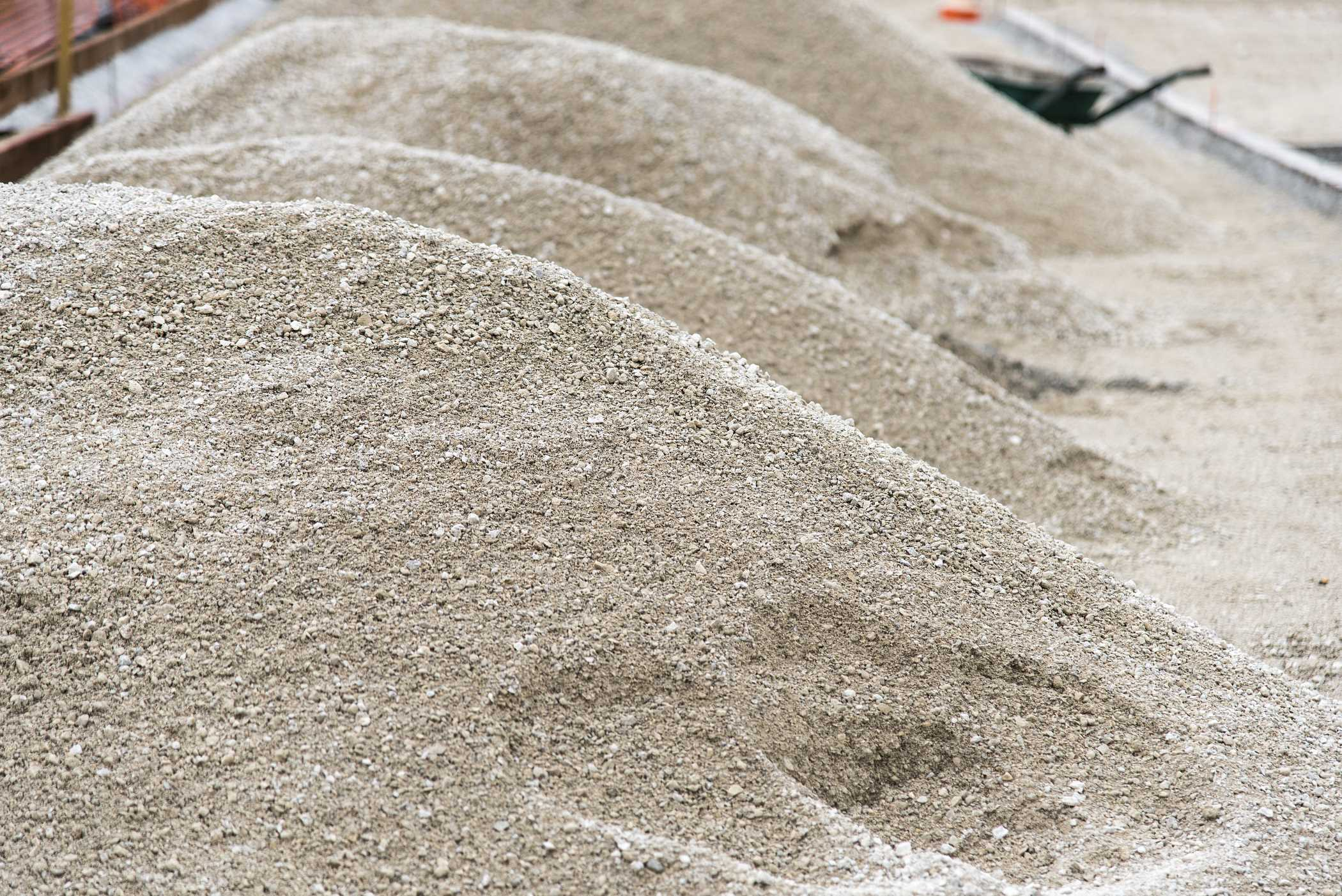 Кварцевый песок можно использовать для различных видов строительных
